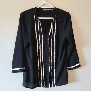 NWOT Karl Lagerfeld Paris V Neck Blouse 3/4 Sleeve